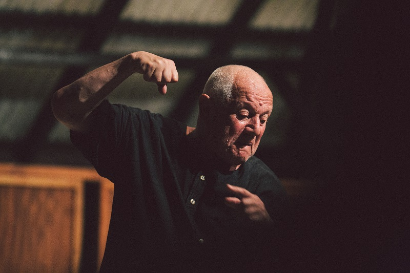 the influences upon steven berkoff Leslie steven berkoff (né berks, born 3 august 1937) is an english character actor, author, playwright and theatre director.